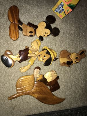 Disney carved wooded wall hangings! for Sale in Hamlin, NY