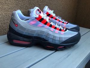 Nike Air Max 95 - SOLAR RED - sz 10.5 vnds for Sale in San Jose, CA