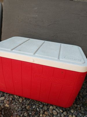 Red cooler Coleman for Sale in Lake Stevens, WA