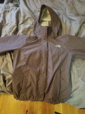 Womans Northface raincoat sz m for Sale in Neptune City, NJ