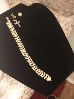 Beautiful Diamond And 10k/14k Real Gold Bundle for Sale in Fontana, CA