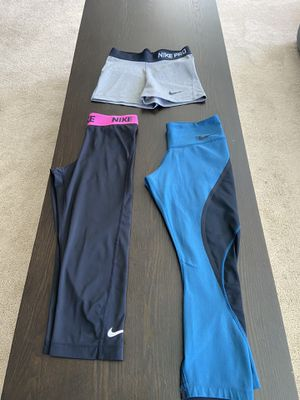 Nike yoga Capri and running short set xs-small for Sale in Kirkland, WA