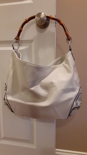 Women's leather bag for Sale in Boston, MA
