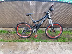 Downhill Mountain Bike for Sale in Alhambra, CA