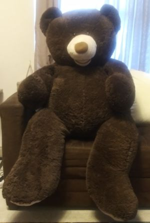 GIANT TEDDYBEAR for Sale in Birmingham, AL