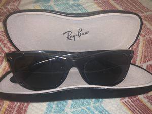 Ray Ban New Wayfarer Polarized RB 2132 AUTHENTIC MINT for Sale in Providence, RI