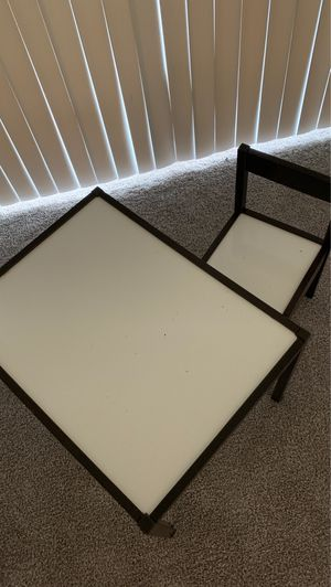 Kids table and chair for Sale in Altamonte Springs, FL