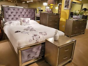 King bedroom set for Sale in Las Vegas, NV