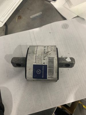 New Mercedes Benz transmission mount for Sale in El Paso, TX