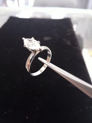 1.0 ct Diamond Ring in Tiffany Setting for Sale in Utica, MI