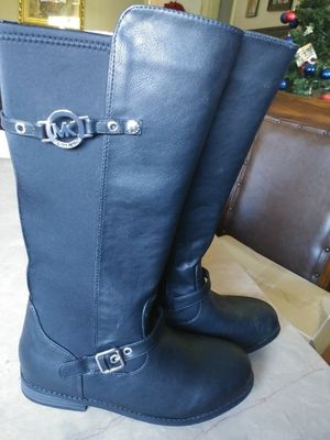 MK Girl boots size 3 for Sale in Houston, TX