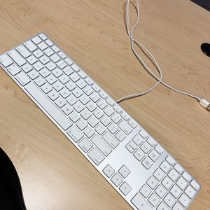 Apple Magic Keyboard with Numeric Keypad for Sale in Portland, OR
