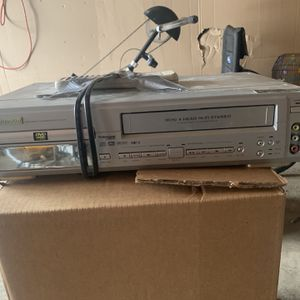 DVD/Cassette Player for Sale in Minneapolis, MN