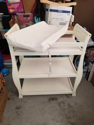 Changing table for Sale in Alafaya, FL