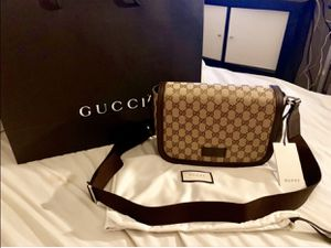 Authentic Gucci Crossbody Bag Monogram for Sale in San Leandro, CA