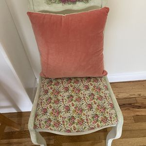 Vintage Chair With New Pillow for Sale in Torrance, CA