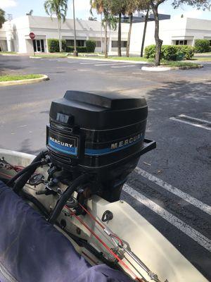 40 HP Mercury 2 Stroke for Sale in Miami, FL