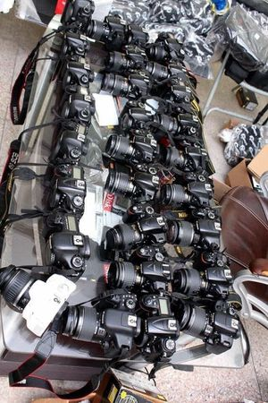 Cameras DSLR with Lens for sale for Sale in Waldorf, MD