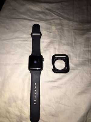 Apple Watch series 3 with cellular and gps for Sale in Clearwater, FL