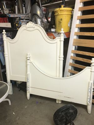 Twin bed for Sale in Fontana, CA