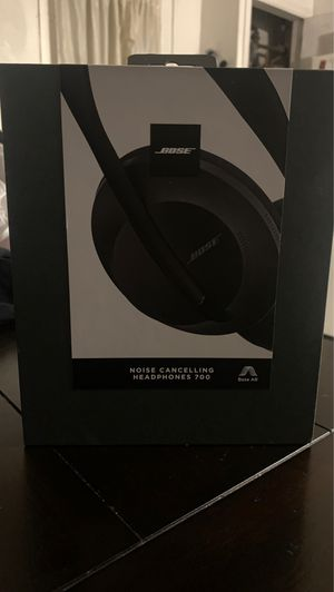 Bose noise cancelling 700 for Sale in Silver Spring, MD
