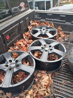 5 lug 16 inch rims for Sale in Battle Creek, MI