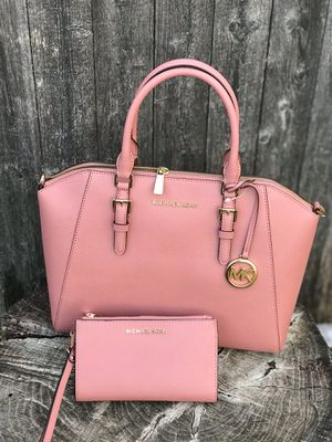 $ Clearance $ Michael Kors Ciara size Large for Sale in Arlington, TX