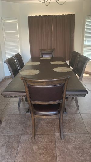 Dining Table with 7 chairs for Sale in Tolleson, AZ