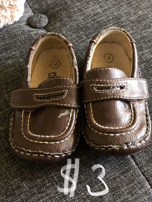 Baby shoes/crib shoes size4 penny loafers for Sale in Glendora, CA