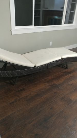Lounge chair for Sale in Gresham, OR