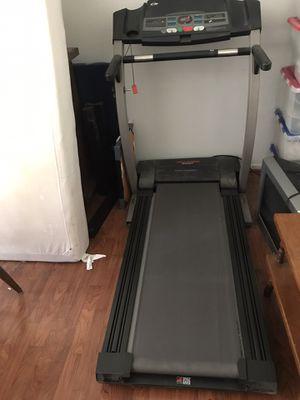 Pro-Form treadmill 830QT for Sale in La Mirada, CA