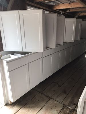 Kitchen and bathroom vanity cabinets brand new for Sale in Houston, TX
