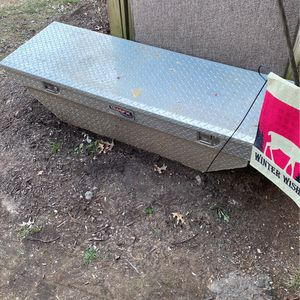 Truck Tool Box for Sale in Gaithersburg, MD