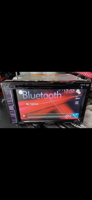 PIONEER DOUBLE DIN W/BLUETOOTH for Sale in Houston, TX