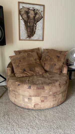 Couch for Sale in Woodbridge, VA
