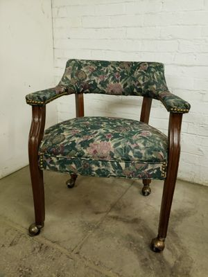 Upholstered office chair with wheels for Sale in Stonewood, WV