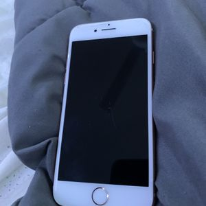 iPhone 8 for Sale in Detroit, MI