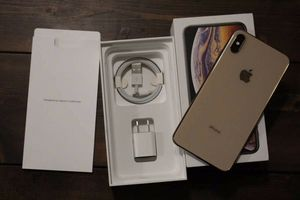 IPhone XS Max for Sale in Roseville, MI