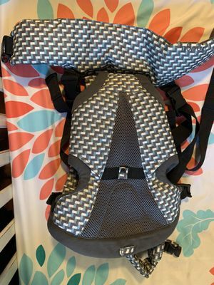 Baby backpack front carrier for Sale in Mesa, AZ