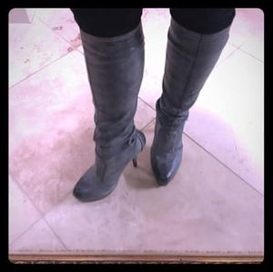 Max Studio Gray tall sexy Boots size 8 for Sale in Burnsville, MN
