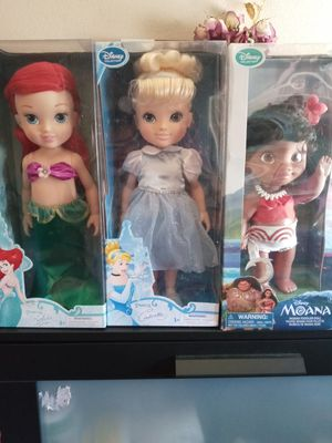 Princess dolls for Sale in Bloomington, CA