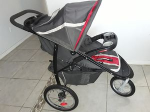 Jogger stroller for Sale in Haines City, FL