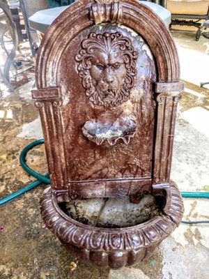 Fountain/ planter for Sale in Alta Loma, CA