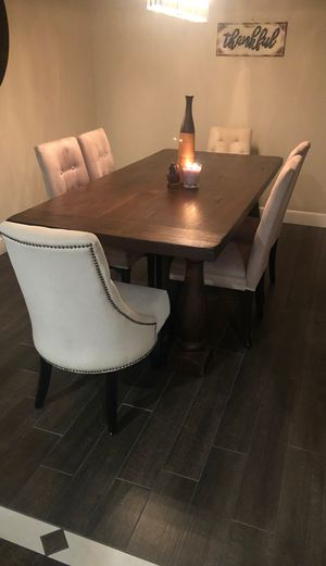 World Market DiningTable w/6 Chairs $850 OBO for Sale in Tulare, CA