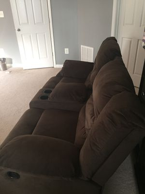 Brown center console Manual Recliner for Sale in Washington, DC