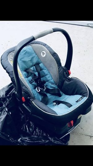 Baby Car seat for Sale in Encinal, TX