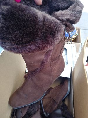 Purse & boots for Sale in Reynoldsburg, OH
