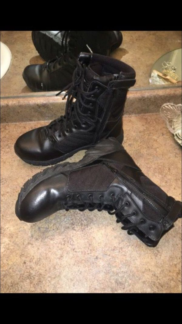 Men's Smith and Wesson leather boots - size 9.5