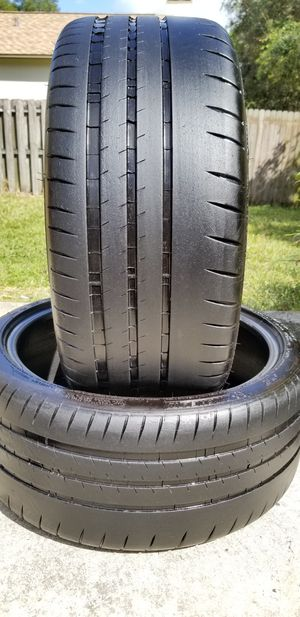 235/35/19 MICHELIN PILOT SPORT CUP 2 LOW PROFILE TIRES for Sale in Tampa, FL