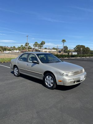 Nissan Altima 80k miles for Sale in San Diego, CA